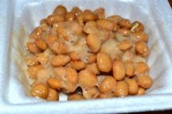 納豆はタンパク質が多い
